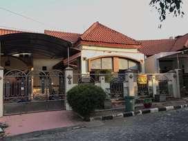 Rumah Tanah Luas GKB