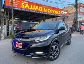 Honda Vezel Z Package Hybrid Genuine Condition
