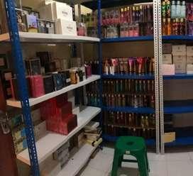 Dicari Karyawan / asisten online shop