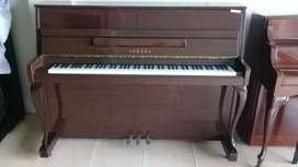 Piano Yamaha LU-110