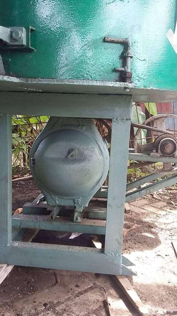 Alat Pengaduk Semen Untuk Batako dan Produksi Gorong - Gorong
