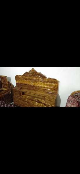 Wood furniture's