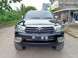 Fortuner G 2010 / 2011 at matic diesel solar like pajero