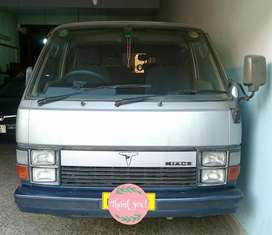 Toyota Hiace Super Custom Total Ganuine