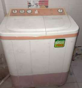 Semi automatic Washing machine videocon 7.5kg