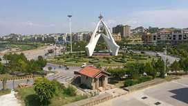 Stunning 85  Sq. Ft Shop In Bahria Town Phase 7 For Sale