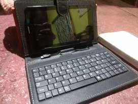 Ikall tablet excellent condition with keyboard