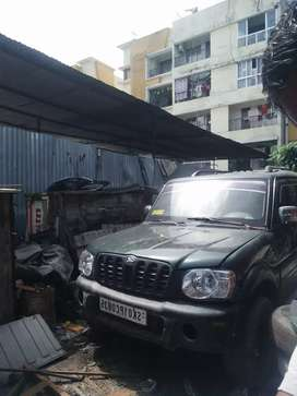 Mahindra Scorpio 2004 Diesel 105000 Km Driven new engine fully charged