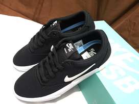 Nike SB Charge Original- Sepatu Skateboard Pria