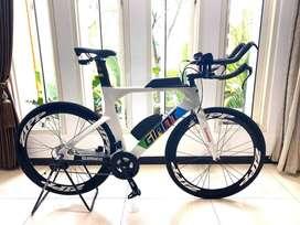 TT bike Giant Liv Avow Rare Item Roadbike Time Trial Sepeda Balap