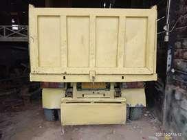 Jual mobil Hihihihi coli diesel damtruk