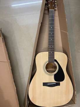 "Yamaha F310 guitar ""NEW"""
