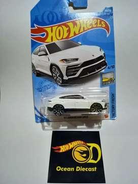 Hotwheels Lamborghini Urus