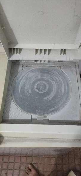 Whirlpool Superwash Semiautomatic