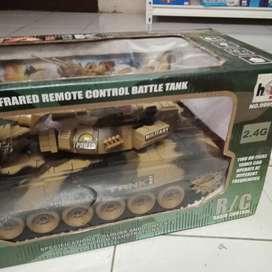 Mainan anak tank war remote control baru