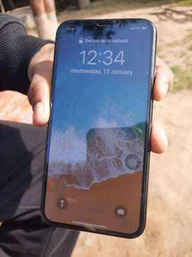 I phone X in very good condition 64gb