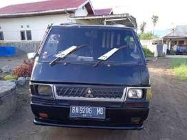 Mobil bekas l300