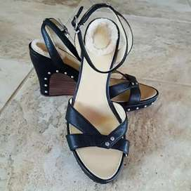 UK imported heel shoe available all color all size