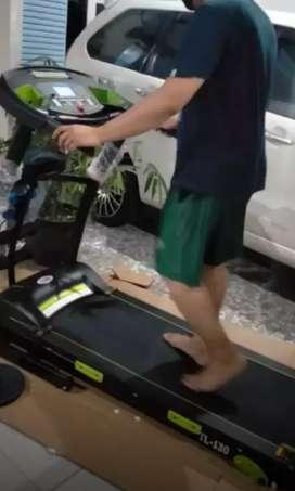 8 fungsi treadmill elektrik bigboard fmaxx 60 pesantren