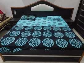 Bed made up sagwan wood
