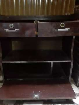 Trolly for sale in good condition made by wood