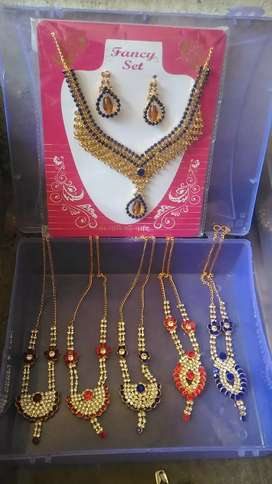 Ladies chain