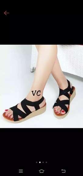 Sepatu Wedges Tali Hitam