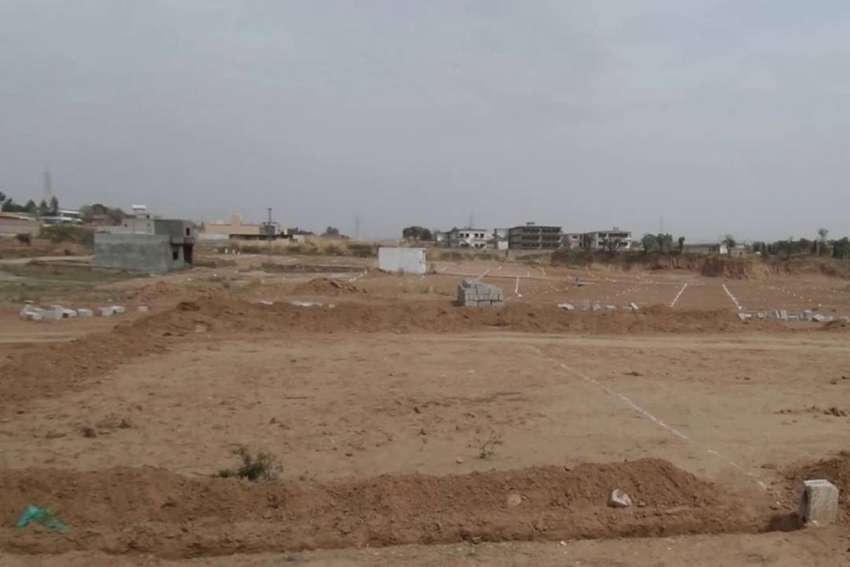 140 Sq Yd Commercial Plot is Available For Sale, SL Associates 0