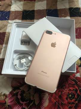 iPhone 7 plus with box all accessories