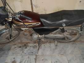 CD honda 70 available for sale...