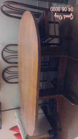 Oval Shape Table with 6 chairs