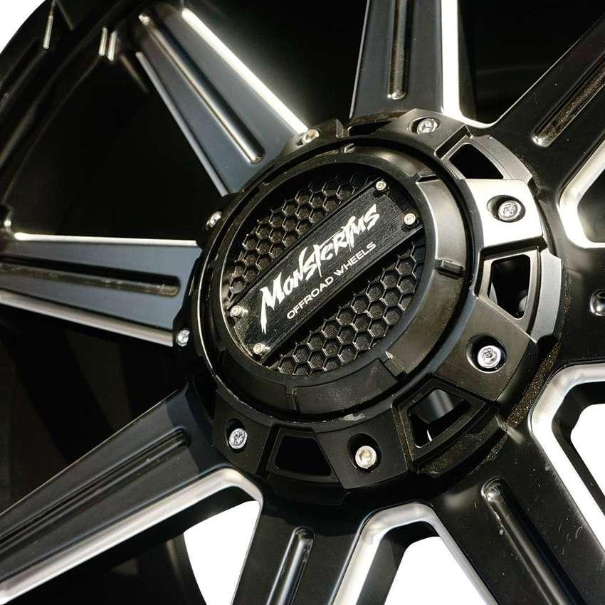 JUAL VELG AMW Wheels SPL 01 14 R20X9,5 H6X139,7 ET10-110 PAJERO HILUX 0