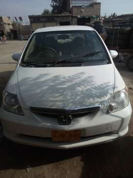 Honda city 2005 white colour