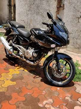 Bajaj Pulsar 220F  In Perfect Condition For Sale