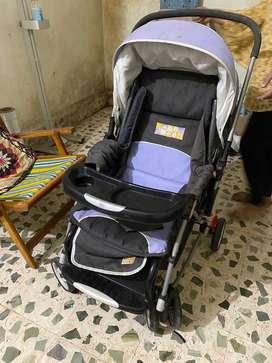 Baby pram / stroller