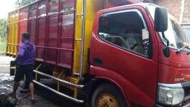 Truck Toyota Dyna HT Th. 2013.