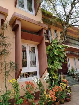 3bhk-Rent- no water logging, no charge for water supply.