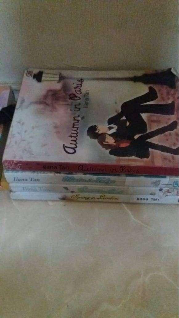 Sepaket Novel dan Buku Pengetahuan 0