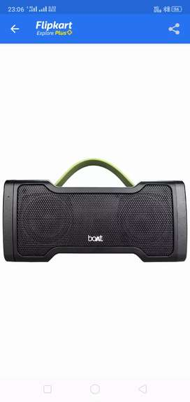Boat Stone 1000 14W portable Bluetooth speaker