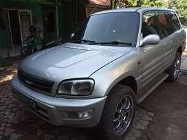 Toyota Rav4/ Toyota Rav 4