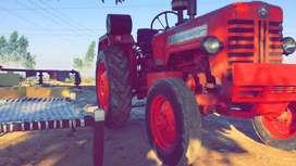 Tractor mahindra 275 di