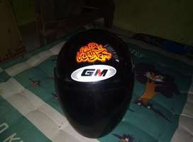 dijual helm gm warna hitam