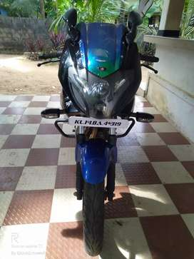 Pulsar 220SF 2015 october model Excellent condition, No complaints