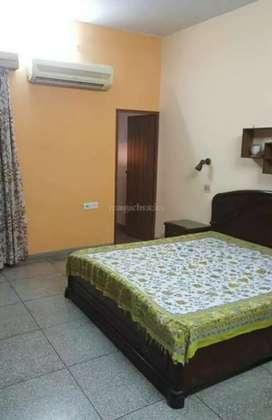 2bhk fully furnished floor nagar