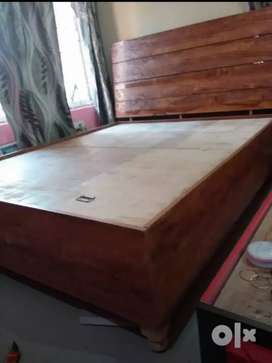 A brand new designer DOUBLE BED with BOX,