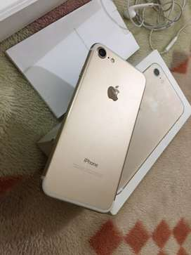 complete box iPhone 7 128GB gold