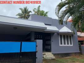 3 BED ROOM HOUSE FOR RENT:13OOO.contact:90 74 19 18    31
