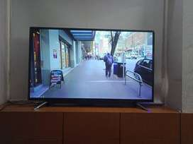 "32"" Smart Full HD Android Led TV With Easy Screen Mirroring"
