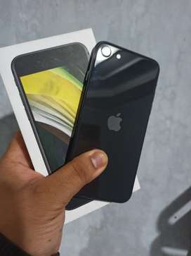 Iphone SE 2020 BLack 64 Gb MuLus 100% dan Garansi Ibox 3 BuLan Lagi
