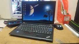 Lenovo Thinkpad X220 Intel Core i7 Body Mungil Mesin Bandel